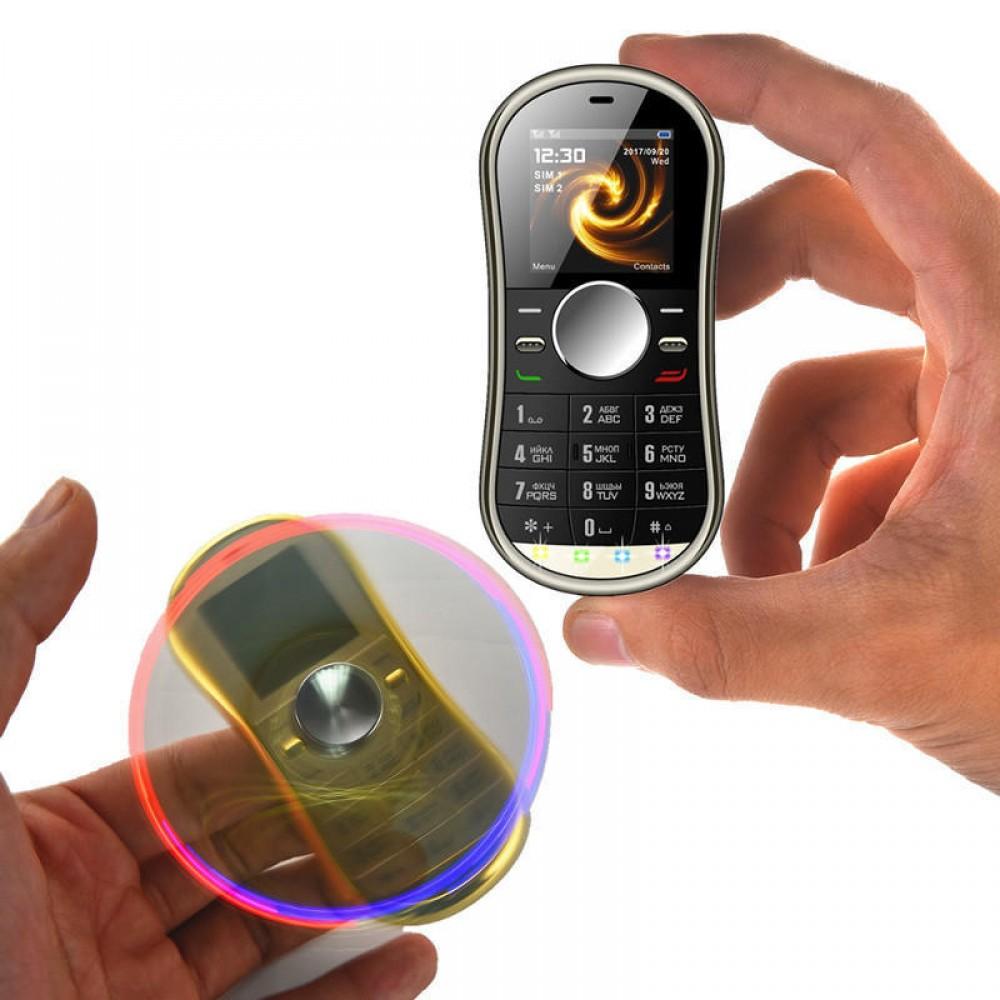 इस फोन को खरीदते वक्त आप पेटीएम पर AMAZING25 ये कूपन कोड इस्तेमाल करेंगे तो आपको 242 रुपये और डिस्काउंट मिलेगा.इस तरह आप अंगुलियों पर घूमने वाले इस फोन को 726 रुपये में खरीद सकते हैं. आप इस फोन से ट्वविटर चला सकते हैं. फेसबुक और यहां तक की व्हॉट्सऐप भी चला सकते हैं. इस फोन में एफएम रेडियो भी सपोर्ट करता है. इस फोन में माइक्रो यूएसबी और डुअल सीम भी सपोर्ट करता है. इस फोन की स्क्रीन साइज 3.65 सेंटिमीटर है.
