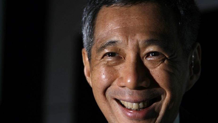 सिंगापुर के प्राधनमंत्री ली शिंग लूंग की सैलरी सालाना 16 लाख डॉलर है.