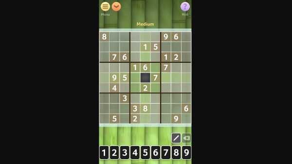 Sudoku: यह लॉजिक बेस्ड गेम है. इसमें आपको पज्जल सुलझाने होते हैं.