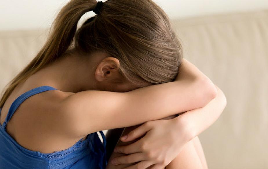 माना जाता है ऐसा करने पर लड़की कामेच्छा (सेक्स की इच्छा) को नियंत्रित कर पाती है. इसके अलावा धर्म, परंपरा औऱ समाजिक चलन का भी हवाला दिया जाता है.