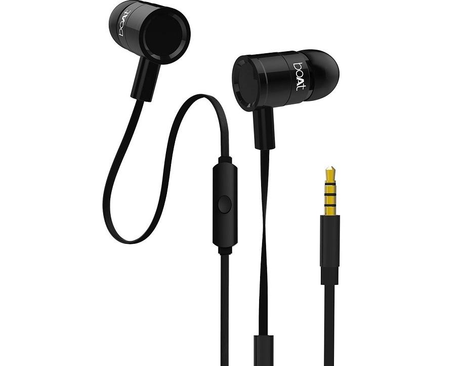 boAt BassHeads 230- इन boAt in-ear हेडफोन की असल कीमत 1,299 रुपये है. अमेजन की सेल में यह सिर्फ 449 रुपये में मिल रहे हैं. इस डिवाइस में इन-लाइन माइक्रोफोन और वन-बटन कंट्रोल है.