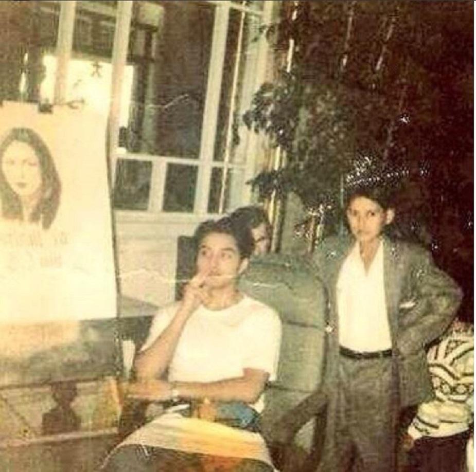 इंटरटेनमेंट की दुनिया में आने से पहले अली जफर फाइन आर्ट्स के क्षेत्र में भी मशहूर हो चुके थे. 8 साल की छोटी-सी उम्र में अली ने अपनी पहली कॉमिक बुक बनाई थी. उन्हें बचपन से पेंटिंग काफी शौक रहा है. लाहौर में उन्होंनेलंबे समय से स्केच आर्टिस्ट के तौर पर भी काम किया.