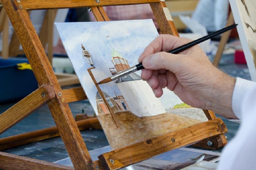 पेंटिंग बनाते समय ध्यान रखें ये बातें: इस दौरान आपको ध्यान रखना होगा कि आपकी पेंटिंग एकदम ऑरिजनल हो और इसमें कुछ भी आपत्तिजनक न हो.