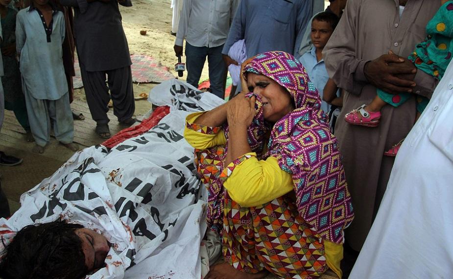 कंदील बलोच, कंदील बलोच वीडियो, कंदील बलोच की ज़िंदगी, कंदील बलोच की हत्या, कंदील बलोच हॉट, qandeel baloch, qandeel baloch video, qandeel baloch life, qandeel baloch honor killing, qandeel baloch hot