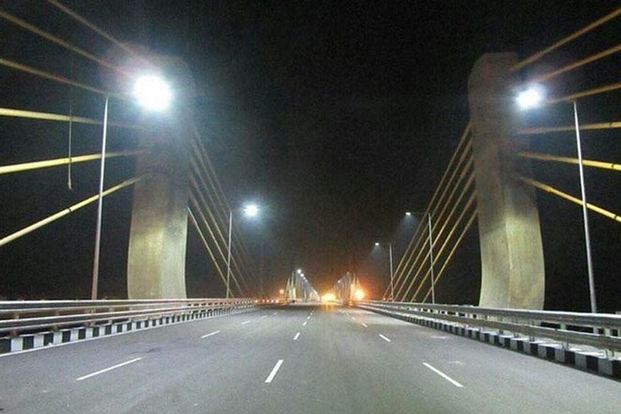 खास तकनीक और खास डिजाइन की मदद से बना गए इस पुल का निर्माण करने में ढाई साल का समय लगा.