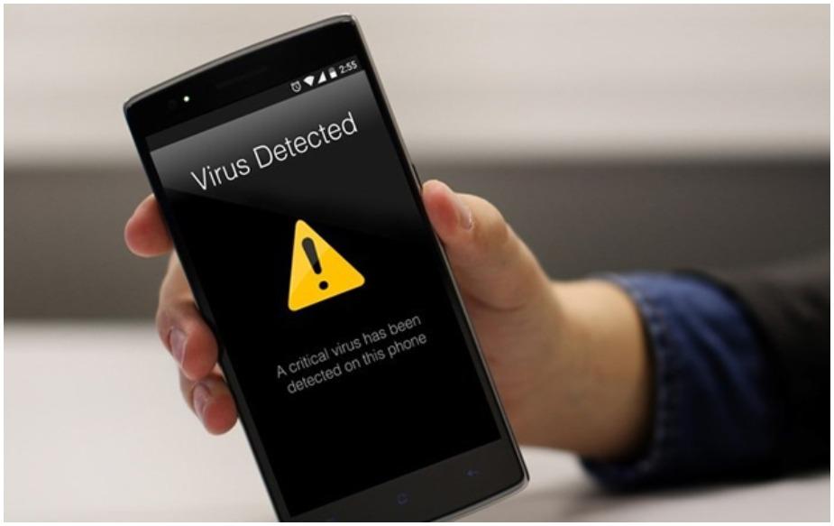 """कुछ महीनों पहले """"Android.banker.A2f8a"""" के नाम से जाना जाने वाला वायरस फेक Flash Player के नाम से थर्ड पार्टी ऐप स्टोर से बांटा गया था. इस ऐप ने कई सारे बैंकिंग और क्रिप्टोकरेंसी ऐप के फर्जी वर्जन तैयार किए थे. सिक्योरिटी रिसर्चर ने कहा है कि यूजर थर्ड पार्टी ऐप स्टोर से ऐप्स डाउनलोड न करें. साथ ही एसएमएस और ईमेंल में उपलब्ध लिंक से भी ऐप डाउनलोड न करें."""