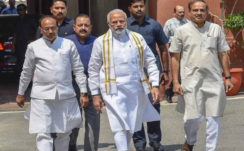 TRS, AIADMK पर सबकी नज़रें, 2014 से ज्यादा नंबर पर BJP का फोकस