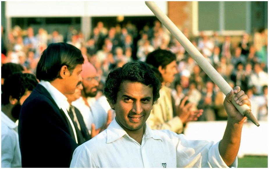 लिटिल मास्टर को टेस्ट क्रिकेट में सबसे पहले रनों के एवरेस्ट पर चढ़ने का श्रेय हासिल है. जी हां, उन्होंने सबसे पहले 10,000 टेस्ट रन बनाए थे. उनके नाम 125 टेस्ट में 10,122 रन दर्ज हैं.
