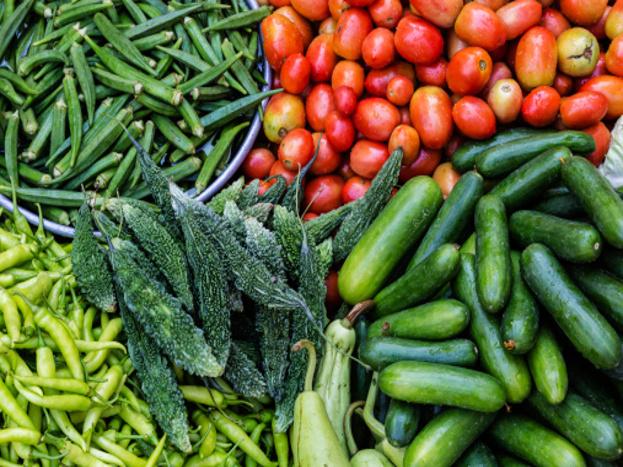ये मत सोचिए कि हर ऑर्गेनिक खाना आपकी सेहत के लिए बेहतर होता है. कहते हैं न कि हर चीज की अति बुरी होती है. ऐसे ही अगर आप ऑर्गेनिक खाने को अतिरिक्त मात्रा में खाते हैं तो आपके लिए नुकसानदायक साबित हो सकता है.