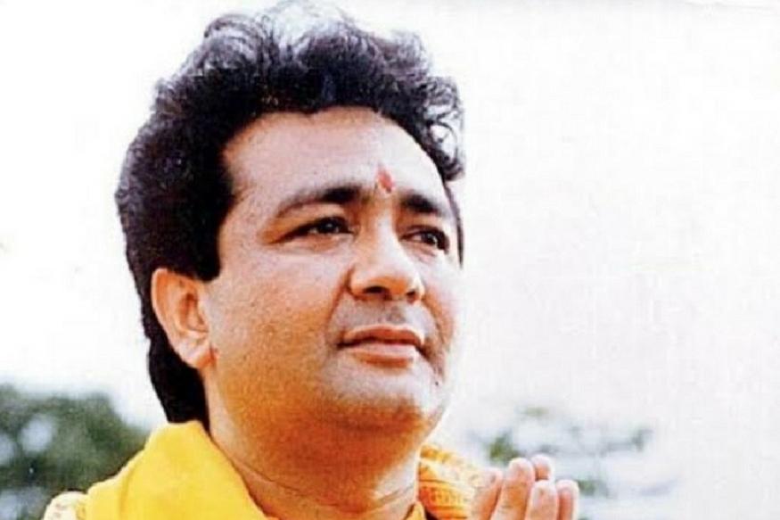 गुलशन कुमार ने अपने धन का एक बड़ा हिस्सा समाज सेवा में लगाया. कम ही लोग जानते हैं कि उन्होंने वैष्णो देवी में एक भंडारे की स्थापना की, जो आज भी तीर्थयात्रियों के लिए नि: शुल्क भोजन उपलब्ध कराता है. वह वित्तीय वर्ष 1992-93 में देश के सबसे बड़े करदाता थे. गुलशन कुमार फिल्म इंडस्ट्री में हैं नहीं, लेकिन टी सीरीज की चमक आज भी वैसी ही है.