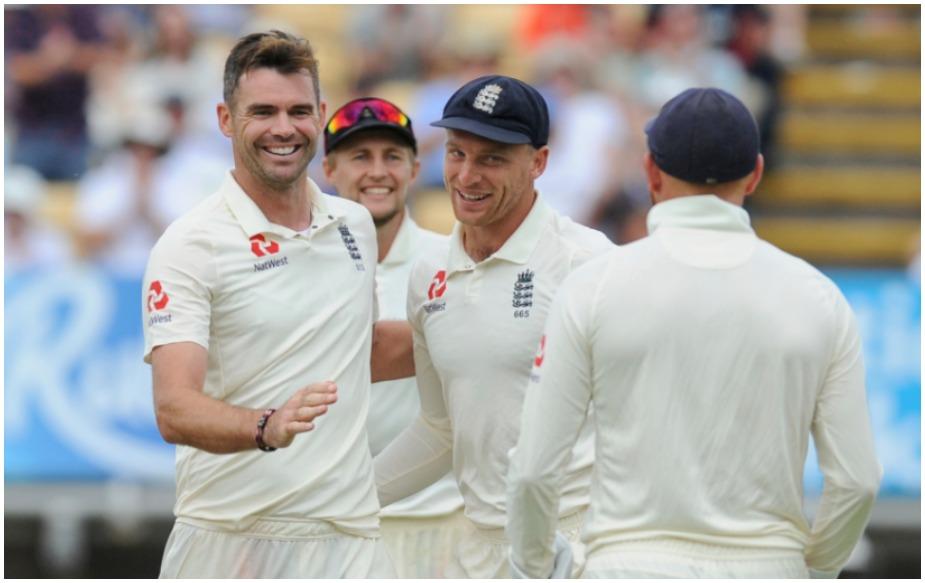 एक मैदान पर भारत के खिलाफ सर्वाधिक विकेट की बात करें तो एंडरसन ने लॉर्ड्स में 26 विकेट लिए हैं. हालांकि रिकॉर्ड श्रीलंका के मुरलीधरन के नाम है, जिन्होंने कोलंबो में 29 विकेट लिए थे.