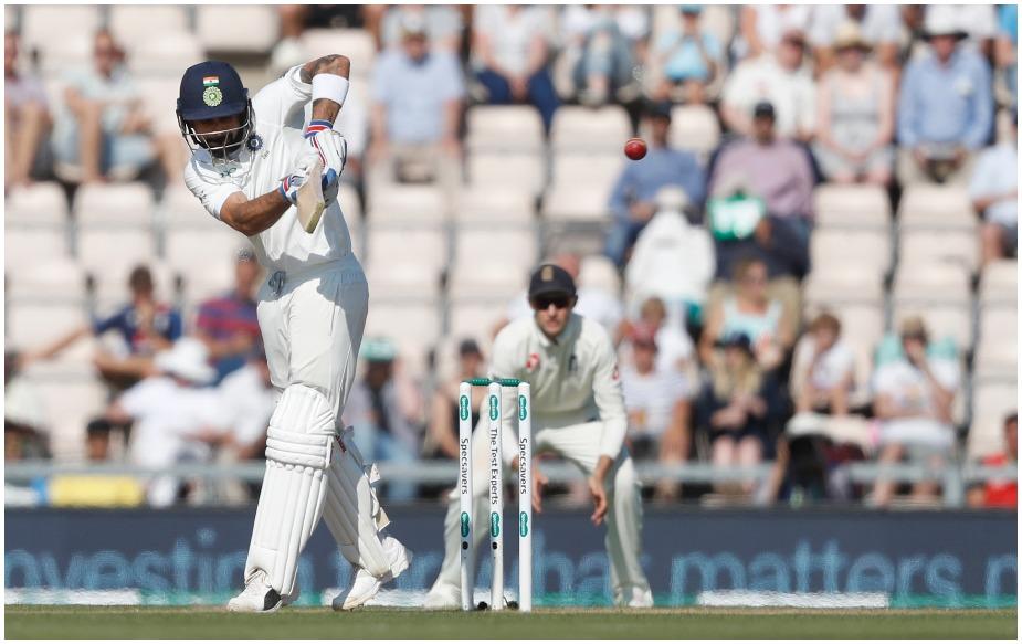 <br />विराट कोहली इंग्लैंड के खिलाफ मौजूदा सीरीज में 544 रन बना चुके हैं. इंग्लैंड के खिलाफ इंग्लैंड में ऐसा करने वाले वह पहले भारतीय और एशियाई कप्तान हैं. वैसे वह 2014-15 में ऑस्ट्रेलिया के खिलाफ ऑस्ट्रेलिया में 692 रन, इंग्लैंड के खिलाफ अपनी पिचों पर 2016-17 में 655 रन और श्रीलंका के खिलाफ अपनीपिचों पर 2017-18 में 610 रन बना चुके हैं.