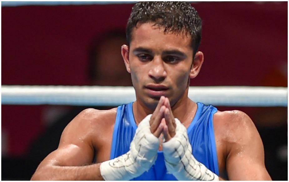 भारत के युवा मुक्केबाज 22 साल के अमित पंघल ने एशियाई खेलों में उम्मीदों को पूरा करते हुए पुरुषों की 49 किलोग्राम भारवर्ग स्पर्धा का स्वर्ण पदक अपने नाम किया है. राष्ट्रमंडल खेलों में रजत जीतने वाले अमित ने खेलों के 14वें दिन रियो ओलम्पिक-2016 के रजत पदक विजेता उज्बेकिस्तान के हसनबॉय दुसामाटोव को बेहद रोचक और कड़े मुकाबले में 3-2 से मात देकर एशियाई खेलों में अपना पहला स्वर्ण पदक जीता.