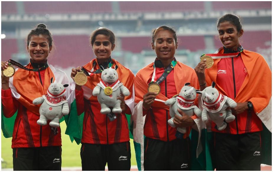 भारतीय महिला टीम ने चार गुणा 400 मीटर रिले स्पर्धा में देश को स्वर्ण दिलाया. हिमा दास, पुवम्मा राजू, सरिताबेन गायकवाड़ और विसमाया वेलुवाकोरोथ की जोड़ी ने तीन मिनट 28.72 सेकेंड का समय निकाल भारत की झोली में स्वर्ण पदक डाला.