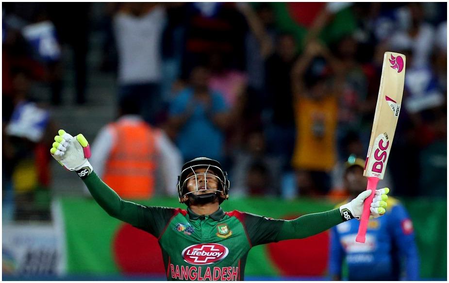 बांग्लादेश के इस खिलाड़ी ने एशिया कप में बतौर विकेटकीपर पहला शतक लगाया है. हालांकि इससे पहले राहुल द्रविड़, धोनी, उमर अकमल और अनामुल हक भी एक-एक शतक लगा चुके हैं. जबकि रिकॉर्ड कुमार संगाकारा के नाम हैं, जिन्होंने चार शतकीय पारियां खेली हैं.