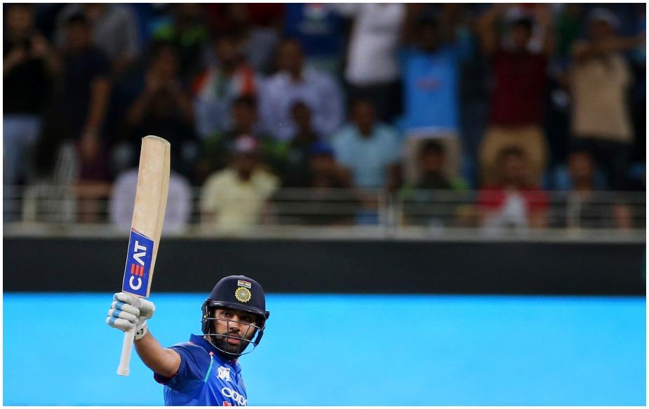 रोहित शर्मा 18 रन बनाते ही साल 2018 में 500 वनडे रन पूरे कर लेंगे.