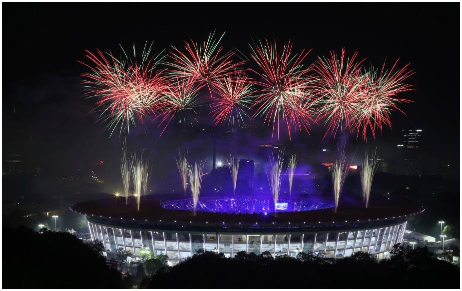 चीन ने 18वें एशियाई खेलों में 132 स्वर्ण, 92 रजत और 65 कांस्य के साथ कुल 289 पदक जीते.इसके अलावा जापान ही 200 पदकों का आंकड़ा पार कर सका.कुल 205 पदकों के साथ जापान दूसरे और 177 पदकों के साथ दक्षिण कोरिया तीसरे पायदान पर रहा.