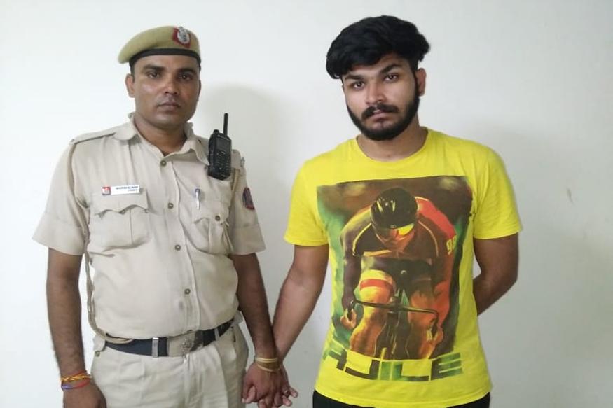 दिल्ली पुलिस, वायरल वीडियो, केस दर्ज, रेप के तहत मामला दर्ज, दिल्ली पुलिस,Delhi Police, viral video, filed case, filed under rape, Delhi Police