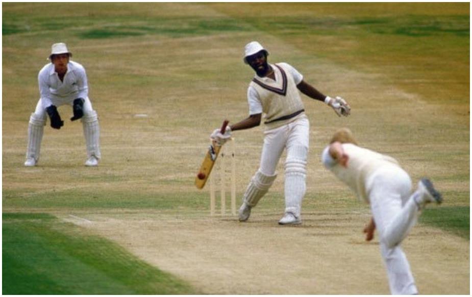 1983 में वेस्टइंडीज के मैल्कम मार्शल ने नंबर 8 या फिर उससे निचले क्रम पर खेलते हुए भारत के खिलाफ 190 रन बनाए थे.