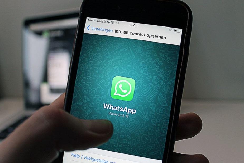 सबसे पहले आपको अपने मोबाइल में इंटरनेट ओपन करना है. इसके बाद आपको एड्रेस बार (जहां आप एड्रेस डालकर कोई वेबसाइट खोलते हैं) में यह लिंक api.WhatsApp.com/send?phone=number डालनी होगी.