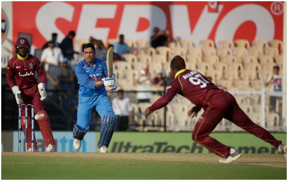 टीम इंडिया ने मुंबई के ब्रेबॉर्न स्टेडियम में खेले गए सीरीज में चौथे वनडे में वेस्टइंडीज को 224 रनों के अंतर से हराया, जो कि वेस्टइंडीज के खिलाफ उसकी सबसे बड़ी जीत है. जबकि 15 गेंदों पर चौकों की मदद से 23 रन बनाकर आउट होने वाले टीम के सीनियर खिलाड़ी धोनी की खराब फार्म का दौर अभी जारी है. इसी वजह से उनकी आलोचना हो रही है. हालांकि वह इस दौरान भारत के लिए वनडे क्रिकेट में सिर्फ एक रन से 10 हजार रन बनाने से चूक गए.