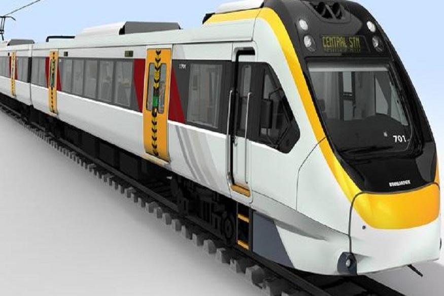 देश की पहली मेड इन इंडिया ट्रेन जिसका नाम फिलहाल ट्रेन-18 बताया जा रहा है, बनकर तैयार है और अगले हफ्ते से ट्रैक पर इसका ट्रायल भी शुरू कर दिया जाएगा. ख़ास बात यह है कि ये बिना किसी इंजन (लोकोमोटिव) के बिना चलेगी और एक ट्रेन बनाने में करीब 100 करोड़ रुपए की लागत आई है.