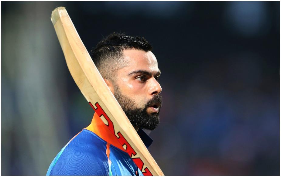टीम इंडिया के कप्तान विराट कोहली ने 10, 000 वनडे रन 59.62 के औसत से अपने नाम किए हैं, जो कि रिकॉर्ड है. धोनी ने ऐसा 51.30 के औसत से किया था. जबकि जैक कैलिस ने , 45.45, रिकी पोंटिंग ने 42.91 और वनडे क्रिकेट के सबसे सफल खिलाड़ी सचिन तेंदुलकर ने दस हजार वनडे रन 42.64 के औसत से रन बनाए हैं.
