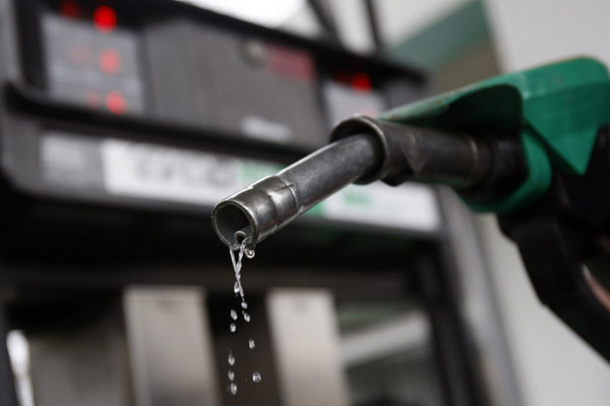 petrol and diesel, Petrol diesel price down, petrol price cut, aaj petrol ke bhav, today petrol price, today petrol diesel price, Petrol diesel price news, Petrol diesel price down, petrol price cut, today petrol diesel price, Petrol diesel price news, Petrol-Diesel, Petrol price today, Diesel price today, crude oil, international market, पेट्रोल भाव, आज पेट्रोल का भाव, पेट्रोल के भाव में कटौती, डीजल का भाव, पेट्रोल हिंदी में खबर, business news in hindi, पेट्रोल-डीजल, पेट्रोल डीजल का रेट, पेट्रोल-डीजल के दाम में कमी