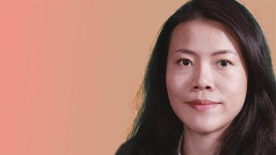 यांग हुइयाँनेट वर्थ : 20 .7 बिलियन डॉलरवाईस चेयरमैन, कंट्री गार्डन होल्डिंग्सचीनी संपत्ति डेवलपर यांग 1992 में अपने पिता गुओकियांग यांग द्वारा स्थापित संपत्ति विकास कंपनी कंट्री गार्डन होल्डिंग्स को संभाला. उसे 2015 वेल्थ-एक्स रिपोर्ट में एशिया की सबसे अमीर महिला नामित किया गया था