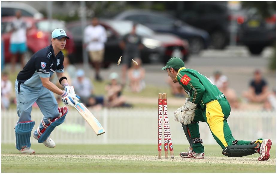 स्मिथ ने बेहतर प्रदर्शन किया और स्टंप होने से पहले 48 रन की पारी खेली.