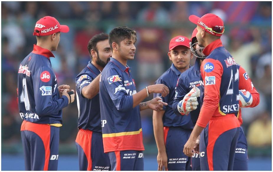 इंडियन प्रीमियर लीग (आईपीएल) के 12वें सीजन के लिए होने वाली नीलामी के लिए इस बार 1000 से अधिक खिलाड़ियों ने अपना रजिस्ट्रेशन कराया है. नीलामी 18 दिसंबर को जयपुर में होगी. बीसीसीआई ने एक बयान जारी कर इस बात की जानकारी दी.
