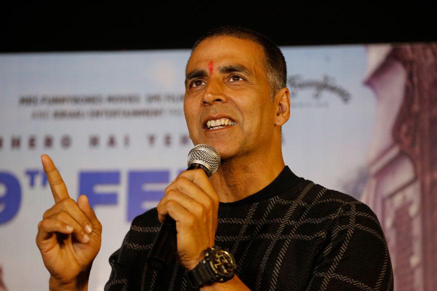 फिल्म स्टार अक्षय कुमार फोर्ब्स की लिस्ट में तीसरे नंबर पर हैं. अक्षय 185.00 करोड़ की सालाना कमाई करते हैं.