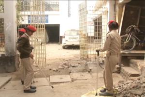 बालिका गृह जेल में बंद मुख्य आरोपी ब्रजेश ठाकुर की मां मनोरमा देवी के नाम से है. 10 दिसंबर के बाद किसी भी वक्त इस बिल्डिंग को ध्व्स्त कर दिया जाएगा.