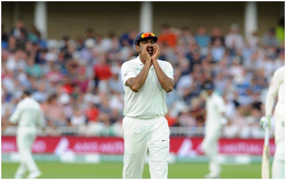 आर अश्विन ने 37 मैच (4 साल और 321 दिन), डेनिस लिली 38 मैच (9 साल और 3 दिन), वकार यूनिस 38 मैच (6 साल और 23 दिन) और डेल स्टेन 39 मैच (5 साल और 175 दिन) में टेस्ट क्रिकेट में 200 विकेट लेने का रिकॉर्ड कायम किया था.
