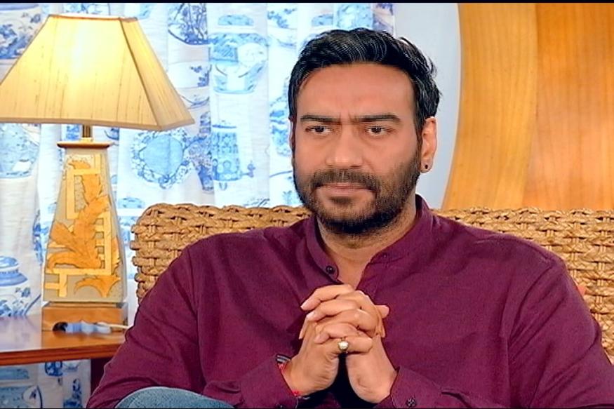 फिल्म स्टार अजय देवगन फोर्ब्स की लिस्ट में दसवें नंबर पर हैं. अजय 74.50 करोड़ की सालाना कमाई करते हैं.