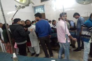 सासाराम से बच्चों को टूर पर ले जा रही बस गया के गेहलोर में बंशी बीघा ओपी के पास दुर्घटनाग्रस्त हो गई. दुर्घटना की सूचना पाकर गया पुलिस पहुंची और सभी को अस्पताल में भर्ती करवाया.