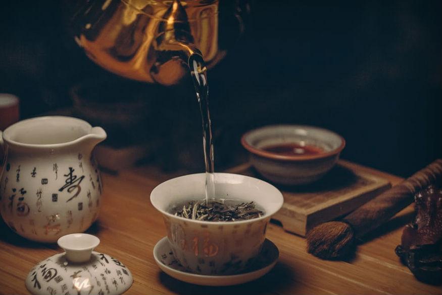 उलॉन्ग-टी-ग्रीन-टी की तरह इस चाय में भी फैट सेल्स को बर्न करने की ताकत होती है. ये चाय का सेवन आपको छह हफ्तों में दो किलो तक वजन कम करने में मदद कर सकती है.