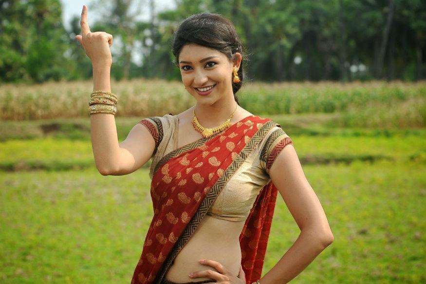 फेमिना मिस इंडिया अर्थ बनने के बाद तन्वी ने अपने अभिनय की शुरूआत तमिल फिल्म 'एपदी मणसुक्कुल वांथाई' के साथ की थी. इसके अलावा वो फिल्म 'ए स्कैंडल' और वेब सीरीज 'कर ले तू भी मोहब्बत' में भी अभिनय कर चुकी हैं.