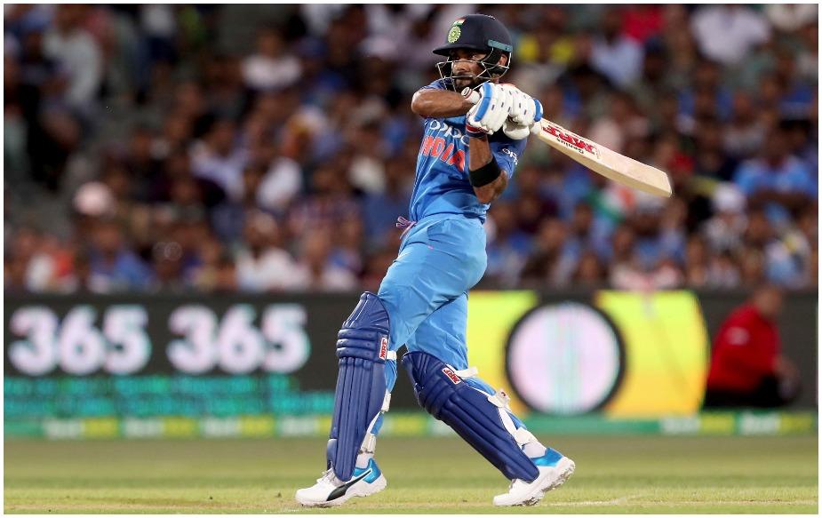 एडिलेड वनडे में कप्तान कोहली ने 112 गेंदों पर पांच चौकों और दो छक्कों की मदद से 104 रन की पारी खेली. यह उनका 39वां वनडे शतक है और वह ऑस्ट्रेलिया में शतक लगाने वाले पहले भारतीय कप्तान भी बन गए हैं.