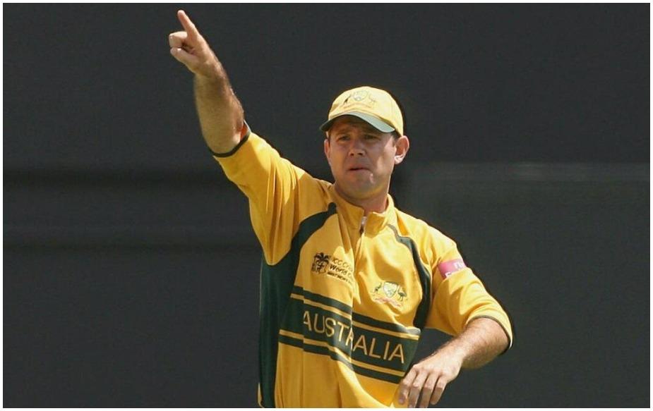 अगर ऑस्ट्रेलिया की बात करें तो उसके लिए रिकी पोंटिंग और माइकल क्लार्क ने अपनी सरजमीं पर ये मुकाम हासिल किया है. ऑस्ट्रेलिया में अब तक सिर्फ चार कप्तानों ने क्रिकेट के तीनों फॉर्मेट्स में जीत हासिल की है. मजेदार बात ये है दो देसी कप्तान हैं तो दो विदेशी.