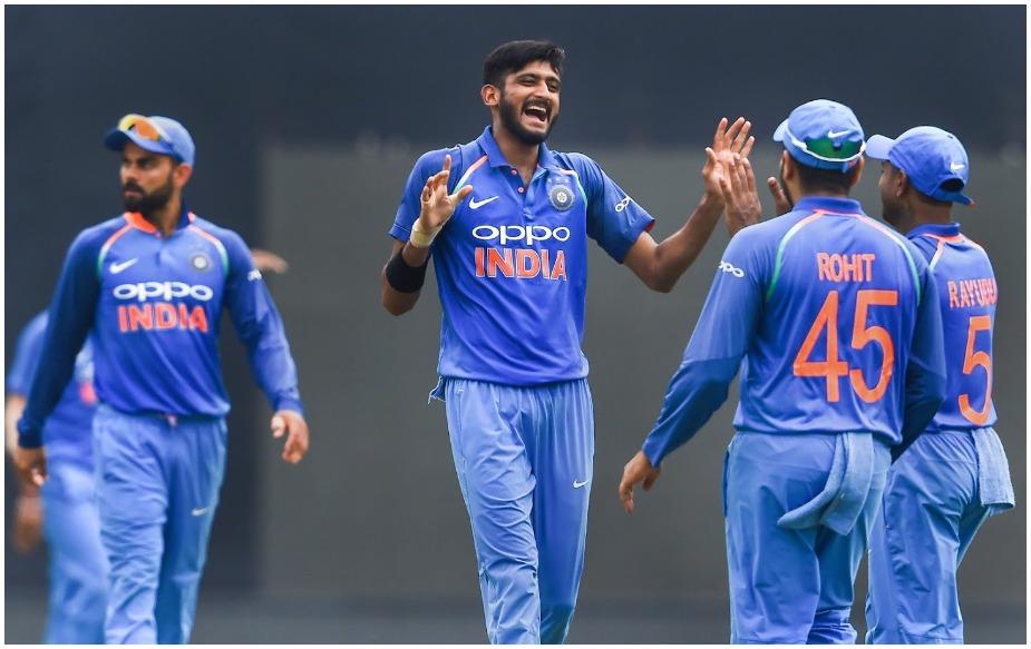 इंग्लैंड में होने वाले विश्व कप से पहले काफी वनडे खेले जाने हैं जिसमें ऑस्ट्रेलिया में तीन वनडे और न्यूजीलैंड में पांच वनडे के अलावा एक तीन मैचों की टी20 अंतरराष्ट्रीय सीरीज भी शामिल है.ऑस्ट्रेलियाई टीम फिर पांच वनडे और दो टी20 अंतरराष्ट्रीय के लिये 23 मार्च से शुरू होने वाले 2019 इंडियन प्रीमियर लीग सत्र से पहले भारत के दौरे पर जायेगी.