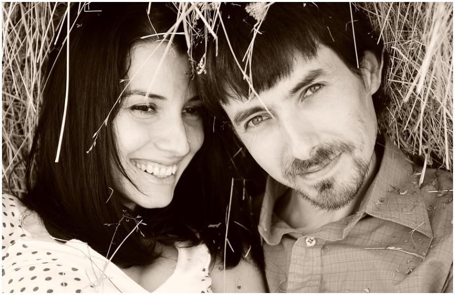 हंसने से शरीर में एंडोर्फिन हार्मोन बनता है जो कि ह्रदय के लिए काफी लाभदायक होता है. इससे हर्ट अटैक का ख़तरा कम हो जाता है.