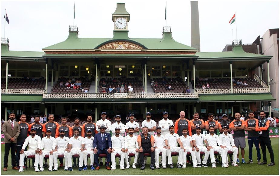 ऑस्ट्रेलिया में 71 साल में एशियाई टीमों ने 30 सीरीज के तहत 98 टेस्ट खेले लेकिन कोई भी सीरीज नहीं जीत सका. अब विराट कोहली की टीम ने ऐसा किया है. कुल मिलाकर एशियाई टीमों ने ऑस्ट्रेलिया में 31 सीरीज खेली हैं, जिसमें से 24 हारी हैं, छह ड्रॉ रहीं और एक जीती है.