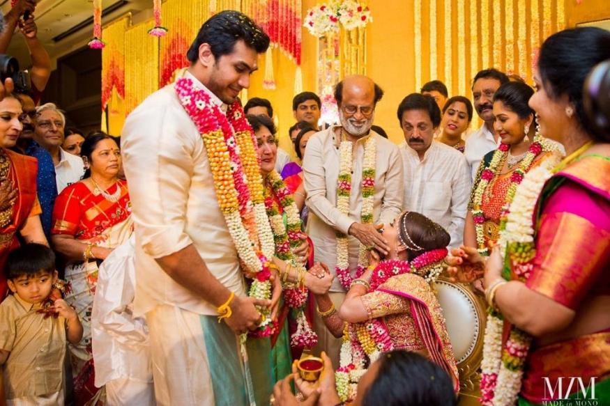 इस शादी में कमल हासन, काजोल, अदिति राव हैदरी से लेकर तमिलनाडु के मुख्यमंत्री इडाप्पडी पलानीस्वामी तक शामिल हुए. शादी की रस्में निभाने के बाद सौंदर्या ने अपने ट्विटर अकाउंट पर तस्वीरें शेयर कीं.