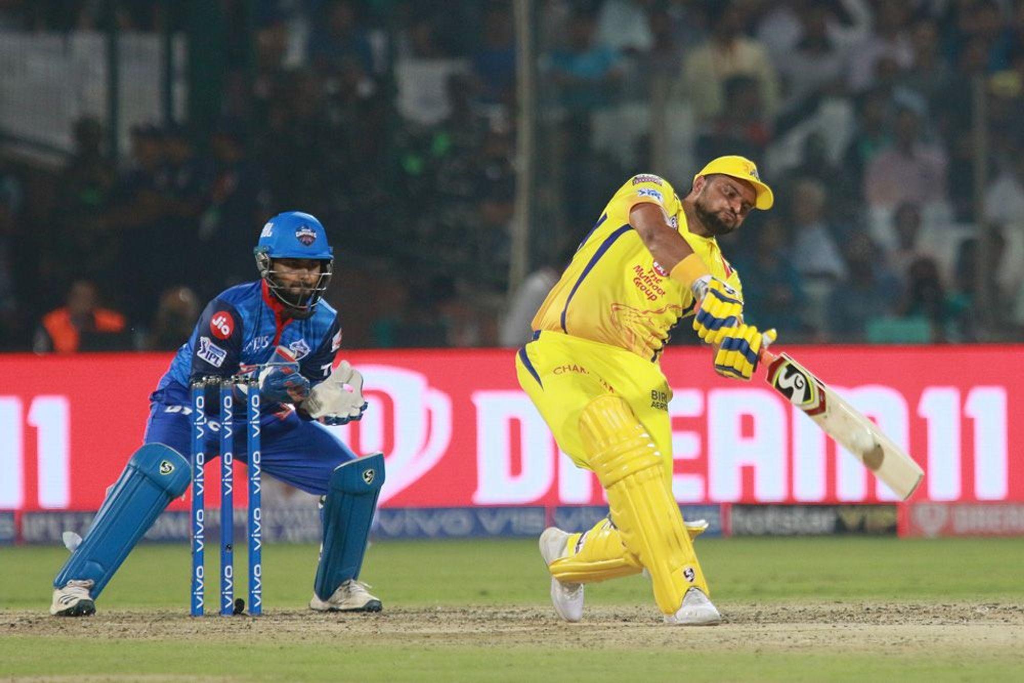 आईपीएल में 5000 रन बनाने वाले एकमात्र खिलाड़ी चेन्नई सुपर किंग्स के सुरेश रैना हैं. उन्होंने 178 मैचों में 5034 रन बनाए हैं.