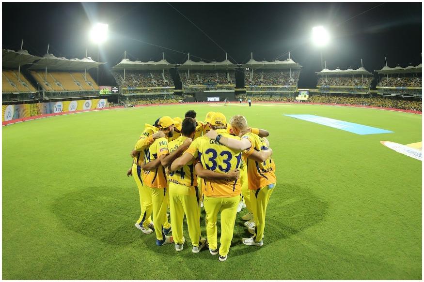 आईपीएल 12 में सभी की नजरें मौजूदा चैंपियन चेन्नई सुपर किंग्स पर रहेंगी. बीते सीजन में महेंद्र सिंह धोनी की कप्तानी में इस टीम ने दो साल के बैन के बाद वापसी करते हुए चैंपियन बनकर अपना दम दिखाया था. जबकि आईपीएल सर्किट में इस टीम के दर्शकों का जोश देखते ही बनता है.