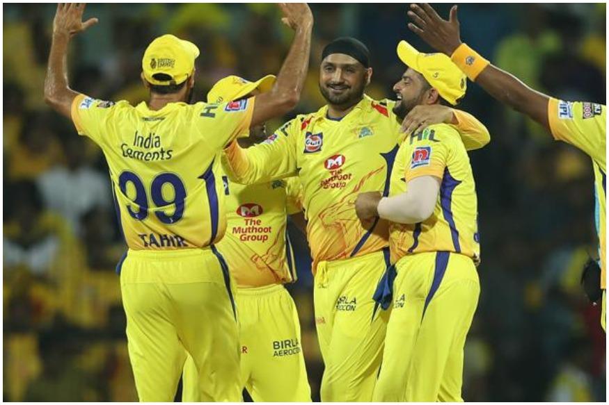 हर बार इंडियन प्रीमियर लीग (IPL) के दौरान एक दौर ऐसा आता है जब यह सवाल उठता है कि इसमें क्रिकेट के बजाए पैसे का खेल ज्यादा होता है. हाल ही में फिल्म जगत के मशहूर हस्ती करन जहौर के टीवी शो कॉफी विद करन में आईपीएल से उभरे क्रिकेटर हार्दिक पांड्या ने आईपीएल मैच के बाद होने वाली पार्टियों का जिक्र किया था. इसमें उन्होंने चीयर लीडर्स समेत आईपीएल के कुछ अन्य बातों का जिक्र किया था.