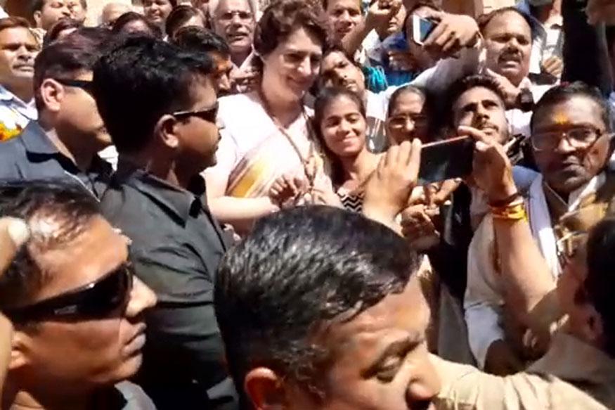 प्रियंका गांधी बोलीं- पीएम मोदी जितना डराएंगे, हम उतनी हिम्मत से लड़ेंगे