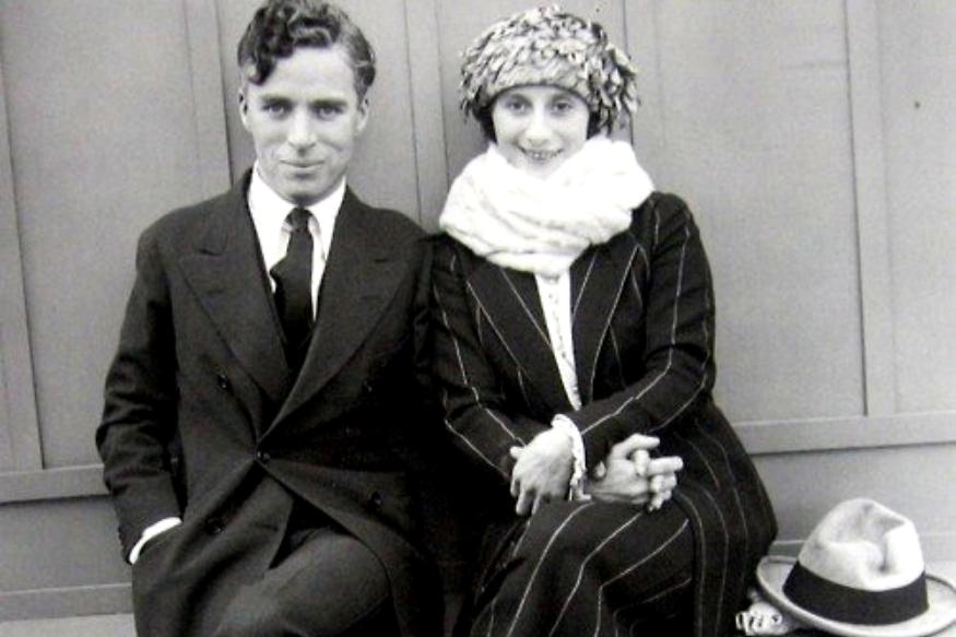 अमेरिका से चार्ली को बहुत लगाव था, लेकिन अमेरिका की बेरुखी ने उन्हें अंदर तक हिला दिया था. उनकी पत्नी ऊना ओनिल ने भी अमेरिका की नागरिकता को छोड़ दी थी.
