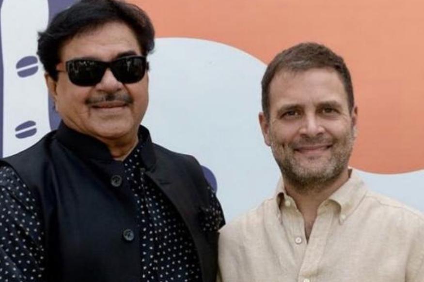 शत्रुघ्न सिन्हा लंबे समय से बीजेपी के साथ जुड़े रहे. लेकिन अब वह कांग्रेस का दामन थामने का फैसला कर चुके हैं. शत्रुघ्न 1984 में बीजेपी ज्वाइन की थी. 1996 में शत्रुघ्न सिन्हा पहली बार निर्वाचित हुए, 2002 में वो दोबारा राज्यसभा के लिए चुने गए. 2003 से 2004 के बीच वह अटल सरकार में स्वास्थ्य और परिवार कल्याण मंत्री रहे. 2009 और 2014 के लोकसभा चुनाव में पटना साहिब से जीतकर सांसद बने, लेकिन पिछले कुछ सालों में उनके अपनी ही पार्टी में कुछ मतभेद होने लगे. इसका नतीजा ये है कि अब वह कांग्रेस में शामिल हो रहे हैं.